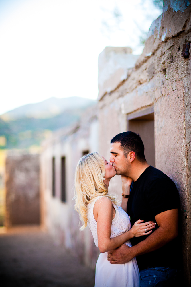 Engagement session at South Mountain Park