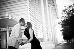 kissing downtown