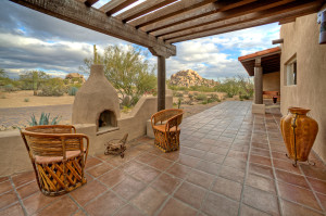 fire pit with views of the boulders