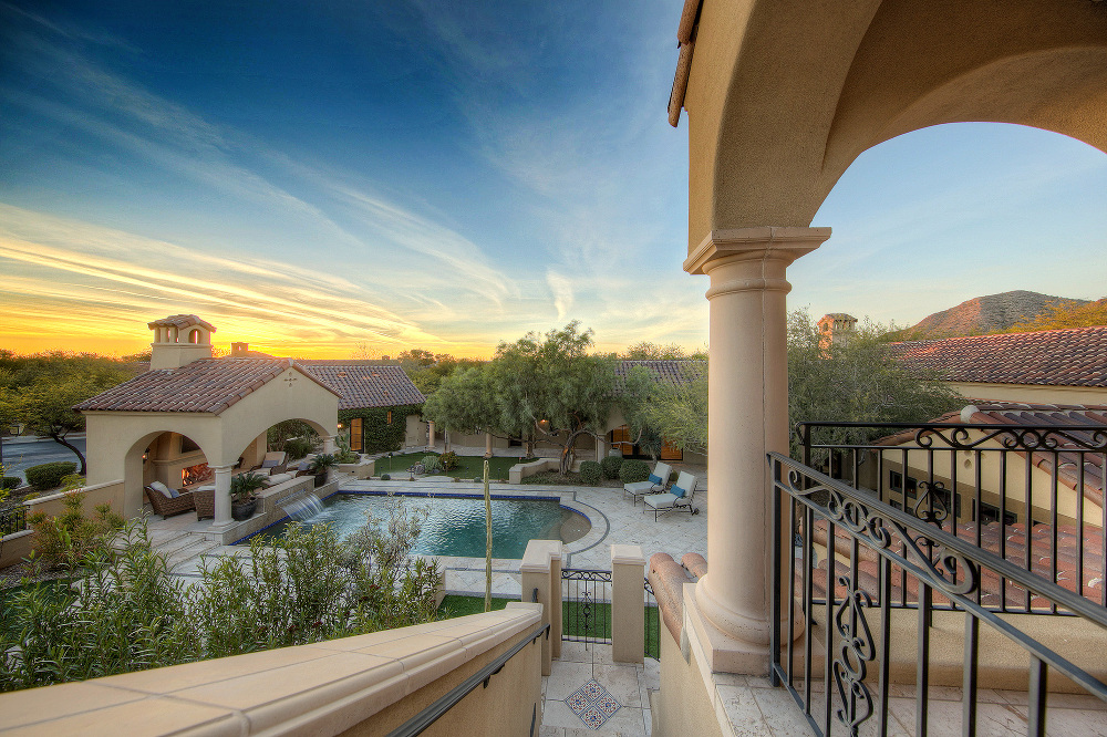 best paradise valley real estate photography